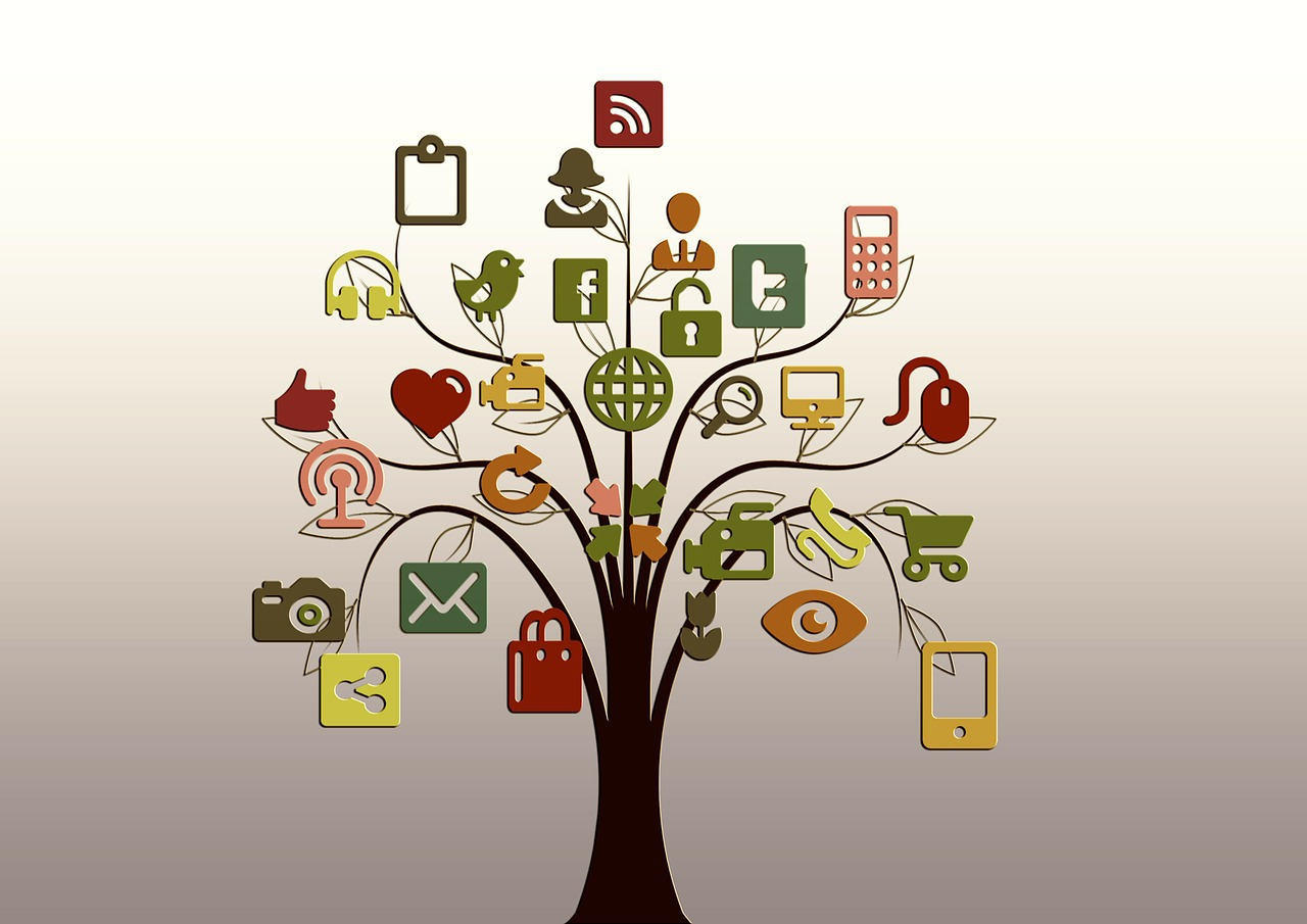 Illustration of a tree of familiar web apps